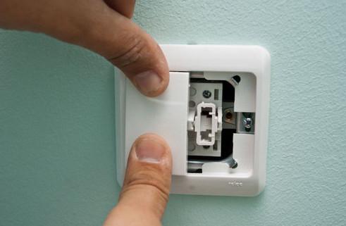 смена выключателя освещения